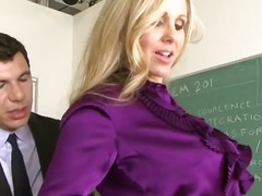 Now this gorgeous milf julia ann