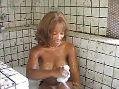 כוסיות שחורות כושיות ציבורי מקלחת