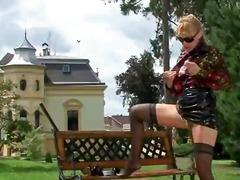 Belleses Rosses Marca Cony Dona Vestida Home Despullat Cowgirl