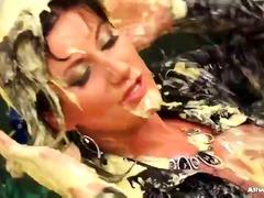 Вагинални Усни Облечена Жена Каубојка Травестити