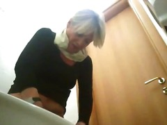 A enormous pissing sequence voyeur movie part6