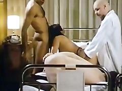 porno-u-vracha