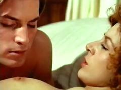מיטה בחור צעיר מפורסמות עירום זין