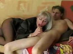 סבתות מבוגרות מילפיות רוסיות