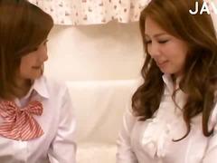אסיאתיות יפניות לסביות אוראלי גרבונים