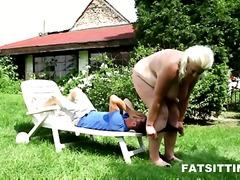 गांड खूबसूरत विशालकाय महिला