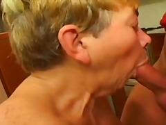Vanaema Karvane