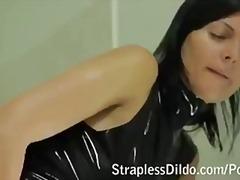 पारदर्शी चूत ढंकी महिला नंगा मर्द