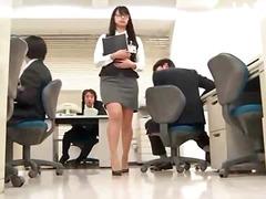 אסיאתיות יפניות במשרד פורנו רך מגרות