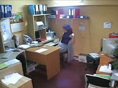 Di Nascosto In Ufficio Spiare Guardone Calze