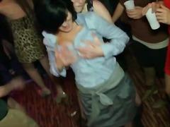 مص مجموعات نيك قوى الجنس فى مجموعة رقص