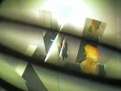 מצלמה נסתרת ערומות ריגול ציצים בחורה