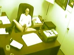 ברונטיות מצלמה נסתרת אוננות במשרד ווייר