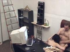 Capo Hardcore Di Nascosto In Ufficio Orale