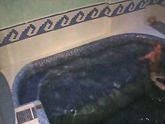 הרדקור מצלמה נסתרת בריכה ריגול ווייר