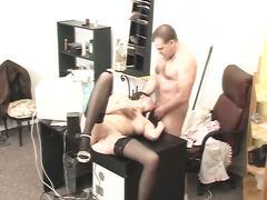 Šéfky Tvrdé Porno Skrytá Kamera V Kancli Dráždenie Ústami