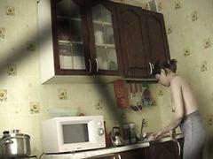 מצלמה נסתרת מטבח ריגול טופלס ווייר