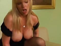 Cumshot I Ansiktet Fransk Sexy Mødre (Milf) Trekant