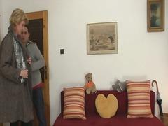 Petmine Vanaema Koduperenaine Küps Milf