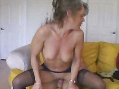 Бринета Секс Со Помлади Неверна Жена Фантазија
