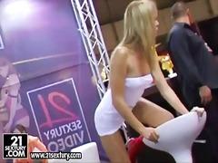 Blondinka Lezbijka Trojček