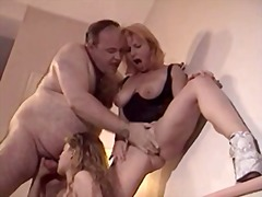 სექსაობა ქალის თეთრეული სამი ერთად