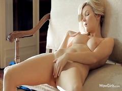Fresh body of gal exposed