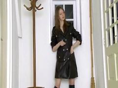 חובבניות שחורות מגפיים ברונטיות פטיש