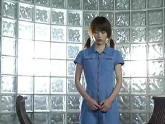 Karvane Jaapani Tussu Teismeline Sõrmega