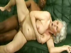 Näkku Purskamine Vanaema Karvane Küps