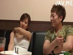 एशियन जापानी खुलेआम चुदाई