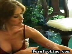 Fetiş Doruk Noktası Sert Sigara Içme