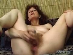 Vanaema Karvane Masturbeerimine Küps Milf