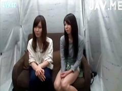 ברונטיות יפניות ביגוד תחתון צעירות שלושה משתתפים
