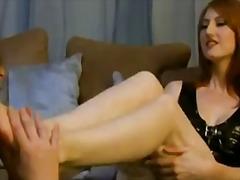 חזה גדול חזה גדול פטיש כפות רגליים
