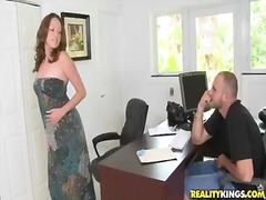 Scarlett wants to get this job and she put on her best bikini to seduce her new boss. however, she had no idea, that she needs to swallow his big cock first of all. sc...
