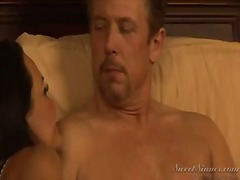 Naked woman lisa ann spreads legs and feels how this lucky guy tom byron starts playing with her pussy by tongue. you would wish to be on his place and to lick this tw...