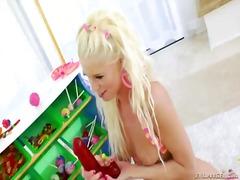 כוסיות לסביות צעצועים