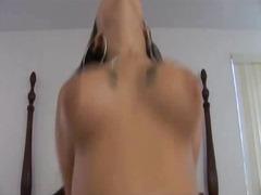 חזה גדול ברונטיות גמירות גמירה על הפנים ביגוד תחתון