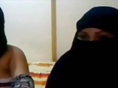 عربى بنات جميلات سحاقيات