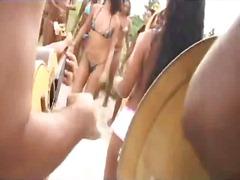 קונדום קבוצתי אוראלי פוסי מסיבה