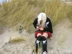 漂亮宝贝 海滩 金发女郎 偷拍 裸体秀