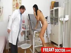 כוסיות רופא פטיש גיניקולוג רפואי