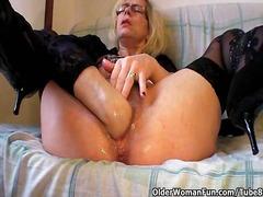 Cougar Fisting Bestemor Hårete Sexy Mødre (Milf)