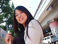 אסיאתיות יפניות ציבורי סולו בחורה