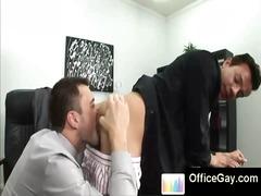 הומואים חתיך במשרד רימג'וב רימג'וב