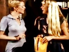 Блондинки На лицето Космати Близане Мастурбация