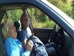 Παχιά Γυναίκα Ξανθιά Αμάξι Παχουλή Νοικοκυρά