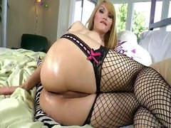 Dirty shemale eva lin in sexy lingerie