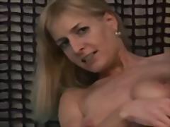 Blondid Euro Pitspesu Masturbeerimine Milf